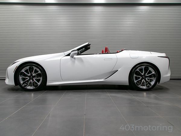 '21 LC500 Convertible - Ultra White
