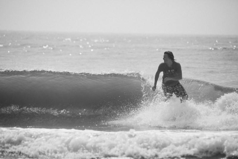 Surf_BW_002.jpg