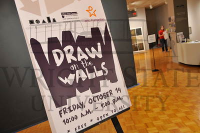 7233 Draw on the Walls 10-14-11