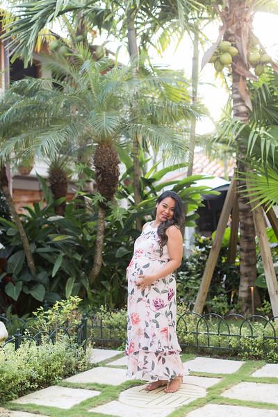 Serena Maternity Session-9.jpg