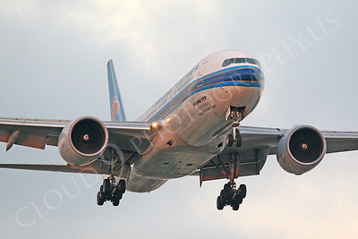 China Southern Airline Boeing 777 Airliner Pictures