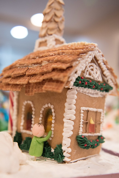 Gingerbread House-61.jpg