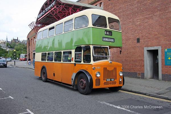 Glasgow West End Festival 2008 - Vintage Bus Display