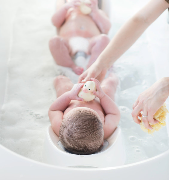 Cheeky_Rascals_Bath_Support_Lifestyle_Grey_Twins_In_Bath_With_Pink_Duck.jpg