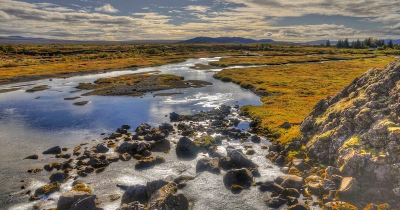 The river running thru Thingvellir