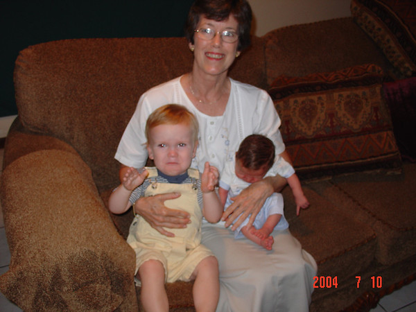 Mom's Visit June 2004