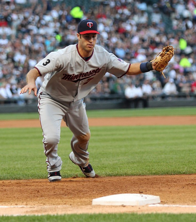 """. <p>1. JOE MAUER <p>A $23 million first baseman who averages 10 homers a year? Good luck with that. (unranked) <p><b><a href=\'http://www.twincities.com/sports/ci_24499208/minnesota-twins-joe-mauer-moving-from-catcher-first\' target=\""""_blank\""""> HUH?</a></b> <p>    (Chris Sweda/Chicago Tribune/MCT)  <p>OTHERS RECEIVING VOTES <p> Spike Lee, Jim Irsay, Sarah Palin & Levi Johnston, Lionel Messi, Denmark, George Clooney & Russell Crowe, Amy Robach, Yellow Dogs, Jake Locker, Typhoon Haiyan, Sharon Osbourne, Notre Dame Fighting Irish, Iran, crashing satellites, �60 Minutes�, Tom Cruise, Governor�s Victory Bell Trophy, Barack Obama, Tiger Woods & Lindsey Vonn, Gore Vidal, ABBA, Mike Tyson. <p> <br><p> Kevin Cusick talks fantasy football, and whatever else comes up, with Bob Sansevere and �The Superstar� Mike Morris on Thursdays on Sports Radio 105 The Ticket. Follow him at <a href=\'http://twitter.com/theloopnow\'>twitter.com/theloopnow</a>."""