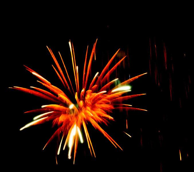 BR_four_fireworks_crop.jpg