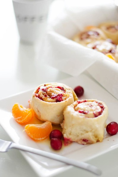 Orange Sweet Rolls with Cranberry - Vegan afternoon tea recipes