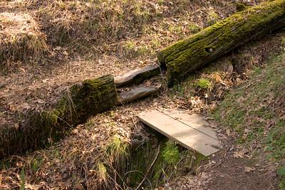 2015-12-07 Monument plot damage