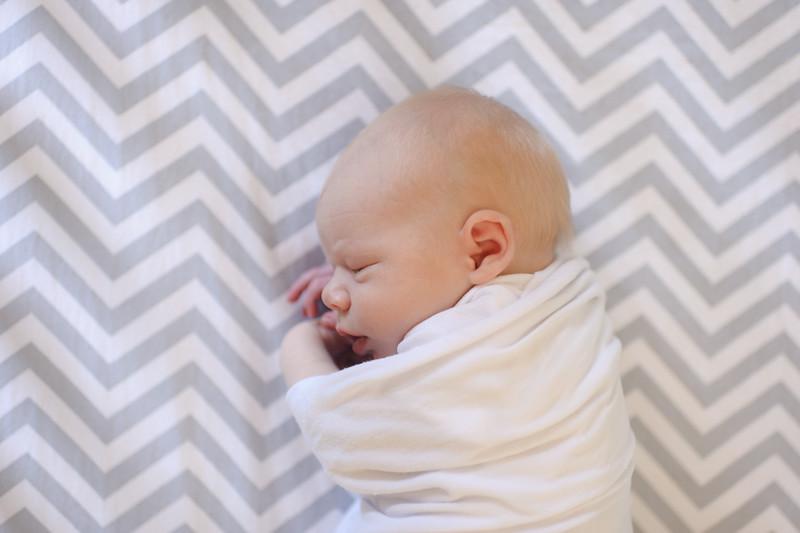 Aiden McFarland Newborn ~ 8.2014-251.jpg