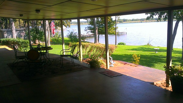 Alvarado on the lake