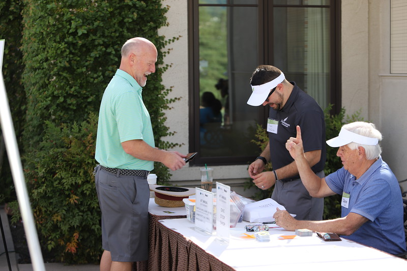 Momentum Golf Benefit-265.jpg