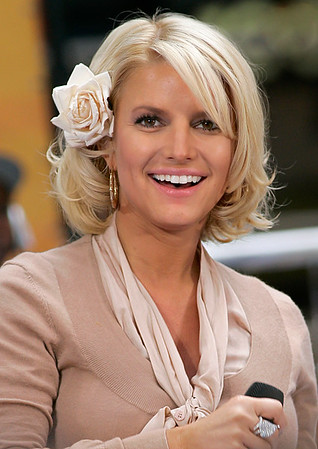 2006-09-01 - <br>Jessica Simpson Today Show concert