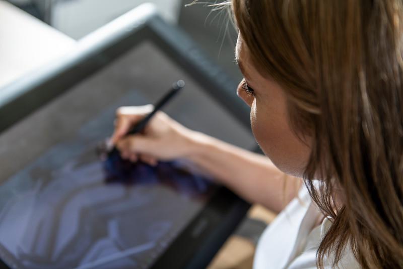Inspired-Design-Tech-Center-Tablet-Sketching-003.jpg
