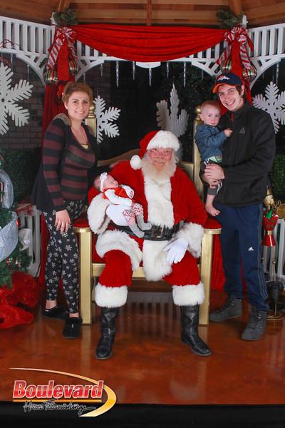 Santa 12-10-16-329.jpg