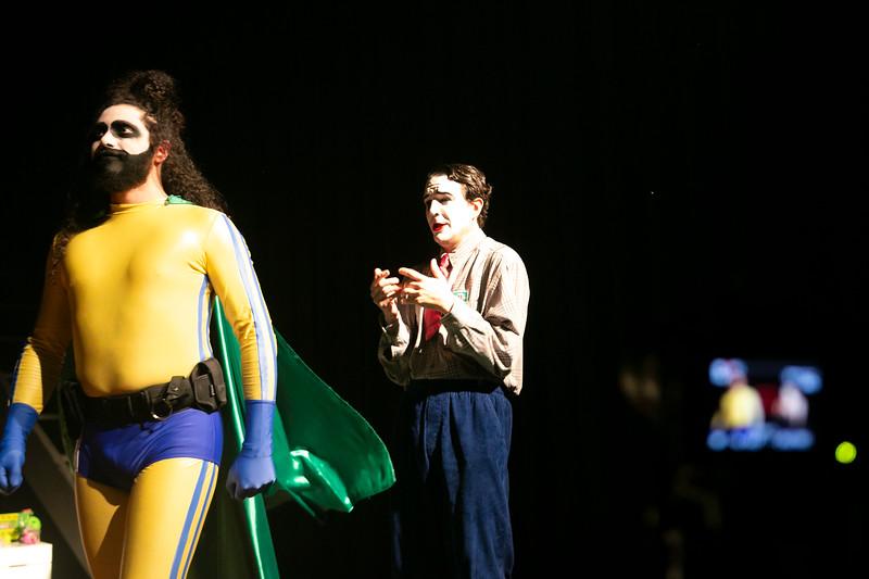 Allan Bravos - essenCIA Teatro - Persona 07-297.jpg
