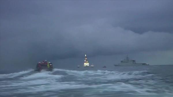 Agresión Armada a activistas Greenpeace en Canarias