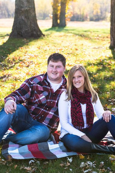 Lynsy & Josh {Engaged!}
