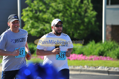 Finish, Gallery 2 - 2014 Crittenton Classic 5K