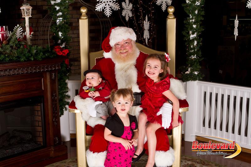 Santa Dec 15-82.jpg