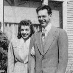 Bonnie Decker & Wayne Eldredge, 1946, at Higgins home,   8-5-2005 5-39-25 - Copy.jpg