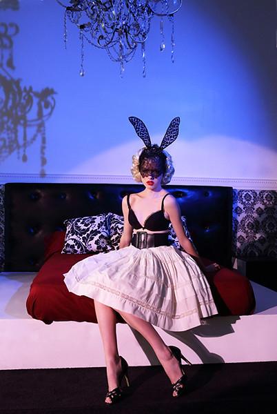 Stylist-Sabine-Feuilloley-Fashion-Editorial-Creative-Space-Artists-Management-45.jpg