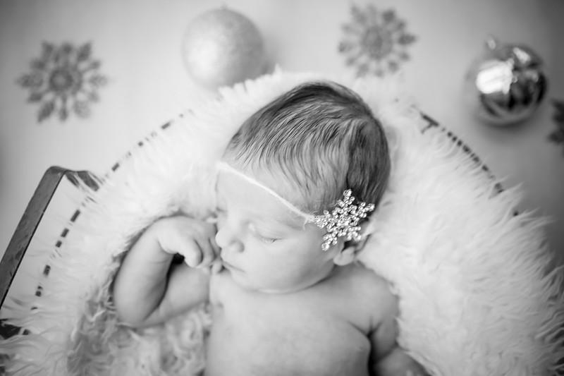 bw_newport_babies_photography_hoboken_at_home_newborn_shoot-5645.jpg