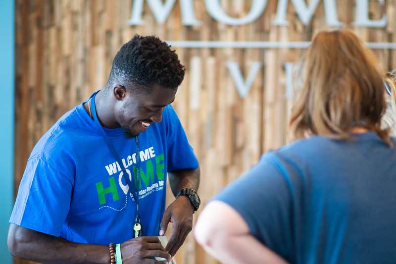 2018_0823-MoveInDay-MomentumVillage-2-4.jpg