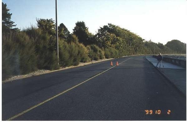 Royal Victoria Marathon Landmarks - 1999 Course - 36 km - Dallas Rd. at Ross Bay