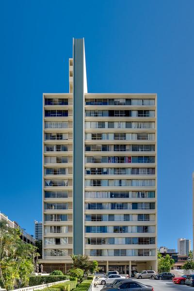 SEASIDE TOWER #608-136.jpg