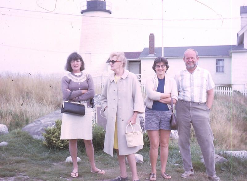 Mom's 90th BD pics 007.jpg