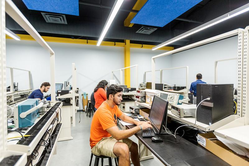 TAMU-CC Microprocessors and Microcontrollers Lab