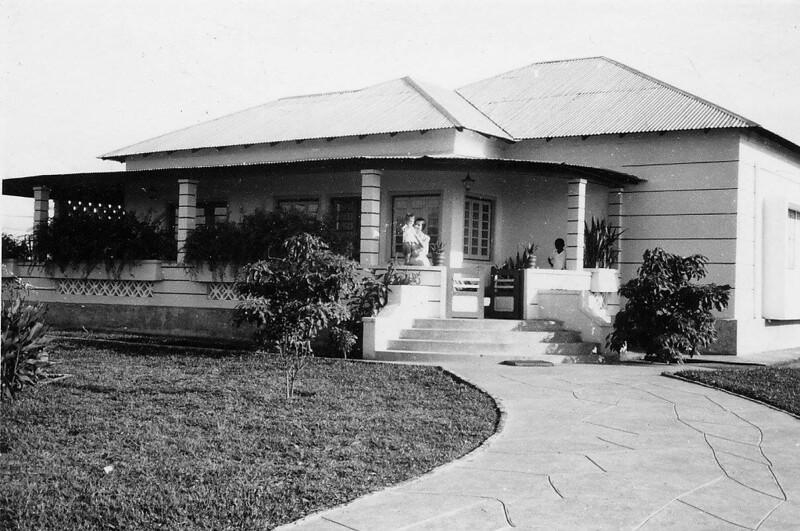 Primeira casa no Lucapa - familia Bernardo Reis