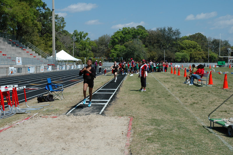 The kids get some long jump run-throughs. LJ will be the only field event contested today.