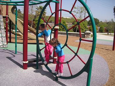 Bastanchury Park w/Andrea, Imogen, & Iris