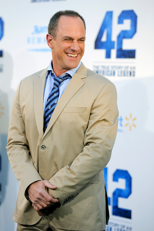 """. Christopher Meloni, a cast member in \""""42,\"""" poses at the Los Angeles premiere of the film at the TCL Chinese Theater on Tuesday, April 9, 2013 in Los Angeles. (Photo by Chris Pizzello/Invision/AP)"""