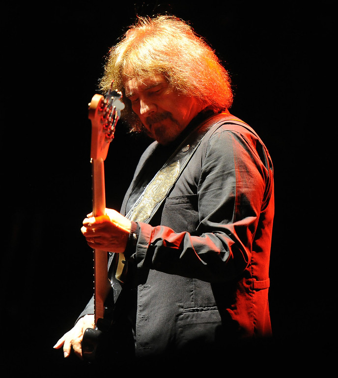 . Black Sabbath bassist Geezer Butler performs at the Verizon Wireless Amphitheatre on Wednesday, Aug. 28, 2013 in Irvine, Calif.   (Keith Birmingham/Pasadena Star-News)