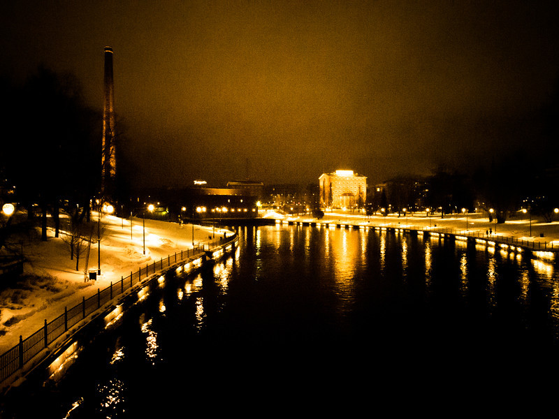 tampere at night colour.jpg