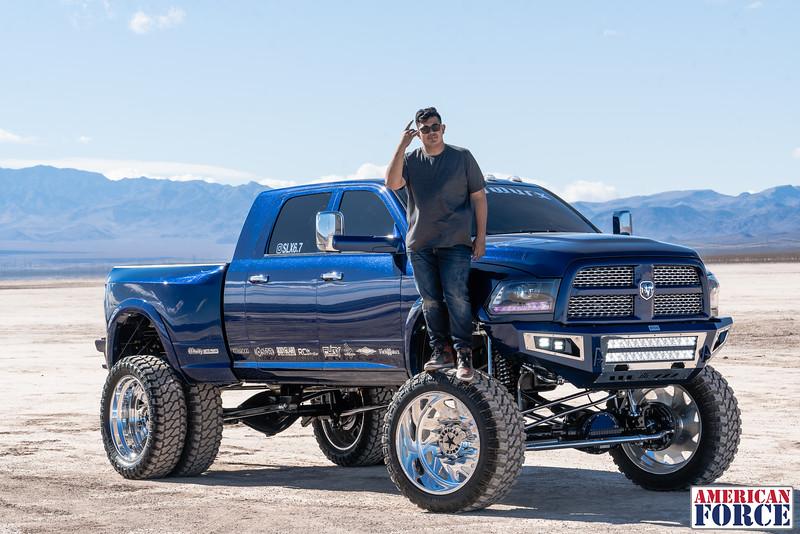 014-Truck-Wurx-Sebastian-Blue-2016-Dodge-3500-Dually-26-Psycho-SFSD-20171106.jpg