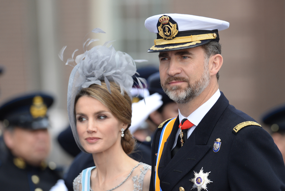 . Spain\'s Crown Prince Felipe and Crown Princess Letizia leave the Nieuwe Kerk (New Church) in Amsterdam on April 30, 2013 after attending the investiture of King Willem-Alexander of the Netherlands.    PATRIK STOLLARZ/AFP/Getty Images
