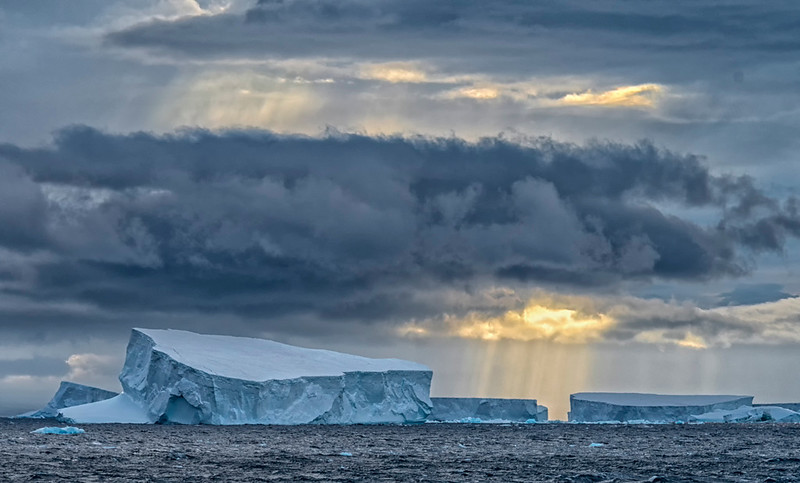 Sunrise_AntarcticSound-4.jpg