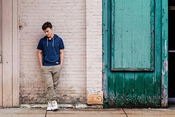 Logan | Portraits