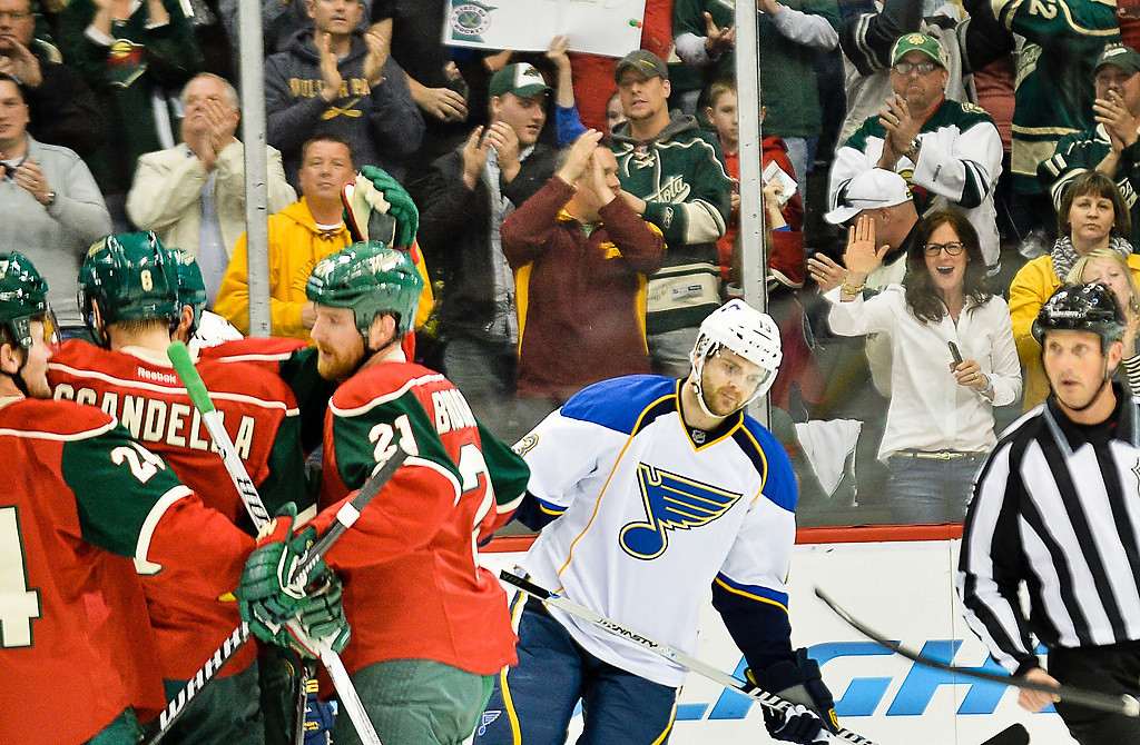 . The Wild celebrate after Minnesota Wild right wing Nino Niederreiter scored in the first period. (Pioneer Press: Ben Garvin)
