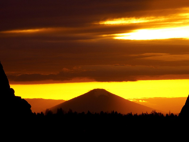 Sunset Over Black Butte, Deschutes County, Oregon.jpg