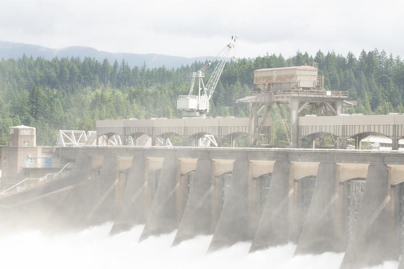 Bonneville Dam-10.jpg