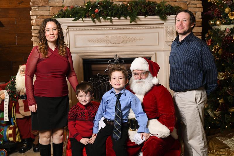 Santa2018.TylerBoye.-194.jpg