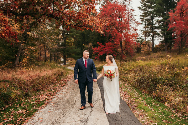 Lizz + Dan | Backyard Wedding | 10.22.2020