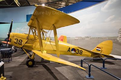 DH82 Tiger Moth