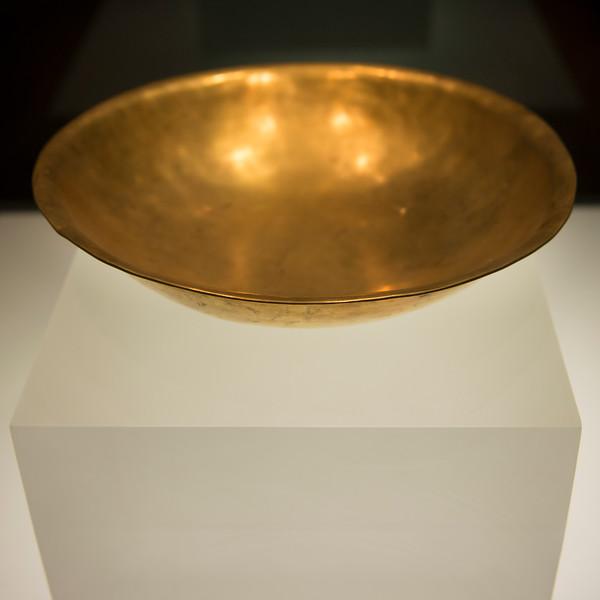 Gold bowl on display at Shaanxi History Museum, Xi'an, Shaanxi, China